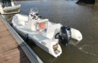 Vue arrière bateau semi-rigide Vesta 550 Adventure